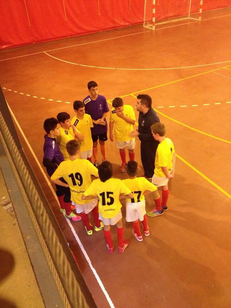 CDE Fontanar - FS Pozo de Guadalajara infantil 20-11-14